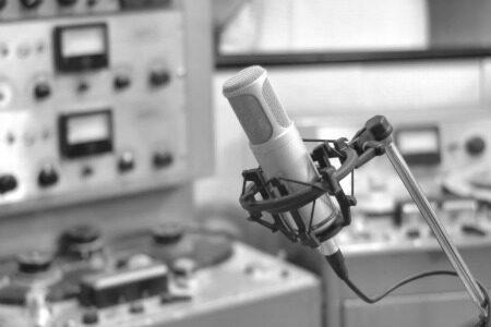 recording_equipment-3467534